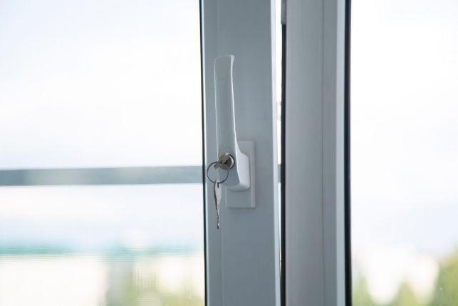 Une poignée de sécurité pour fenêtre