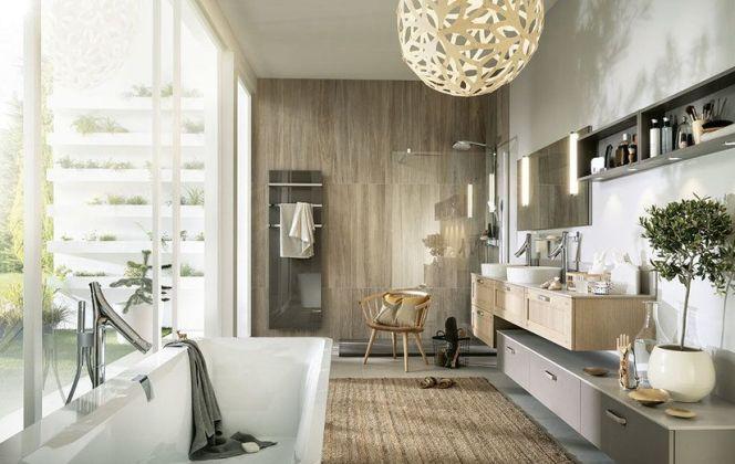 Une salle de bains à l'esprit zen... De quoi bien se reposer après une longue journée.  © Mobalpa