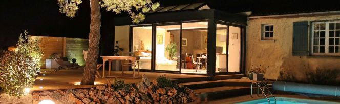 La véranda Extanxia permet de profiter d'un espace et d'un confort sans pareil avec un maximum de luminosité.© Concept Alu