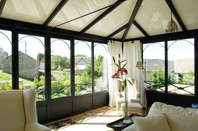 notre s lection des plus belles v randas la collection jade propose des v randas pur es et. Black Bedroom Furniture Sets. Home Design Ideas